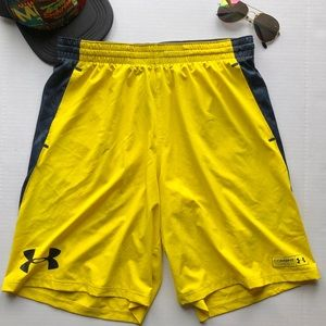 ⭐️ Under Armour Men's Loose Combine Training Short
